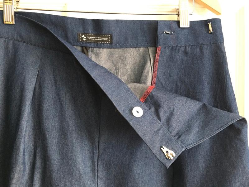 Flint waistband detail